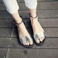2017 Nuevo Sólido Sandalias Planas Sandalias de Las Mujeres Zapatos de la Playa del Verano de Las Mujeres de Cuero Suave Zapatillas Sandalias Mujer Sandalias zapatos Femme