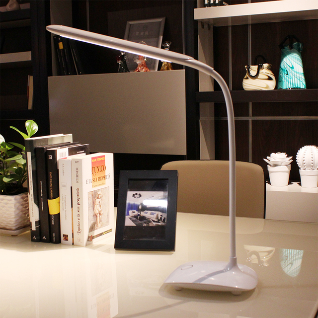 Nordic Style Touch Dimming Desk Lamp Flexilbe LED Table Lamp Built In  Battery USB Charging