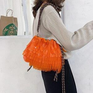 Image 3 - Летняя Пляжная прозрачная сумка на шнурке, женская модная брендовая дизайнерская сумка с кисточкой 2019