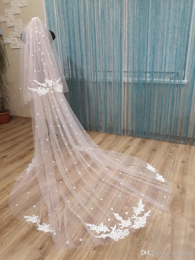 custom-made-lace-appliques-two-layers-wedding-veils-with-3d-flowers-bridal-hair-accessories-3-meters-long-headpieces (1)