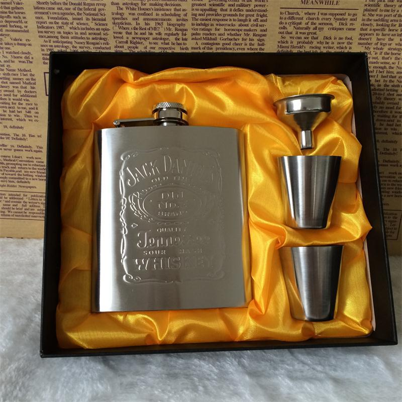 new arrival 7 ounces luxury stainless steel hip flask personalized Jagermeister Florida of whisky