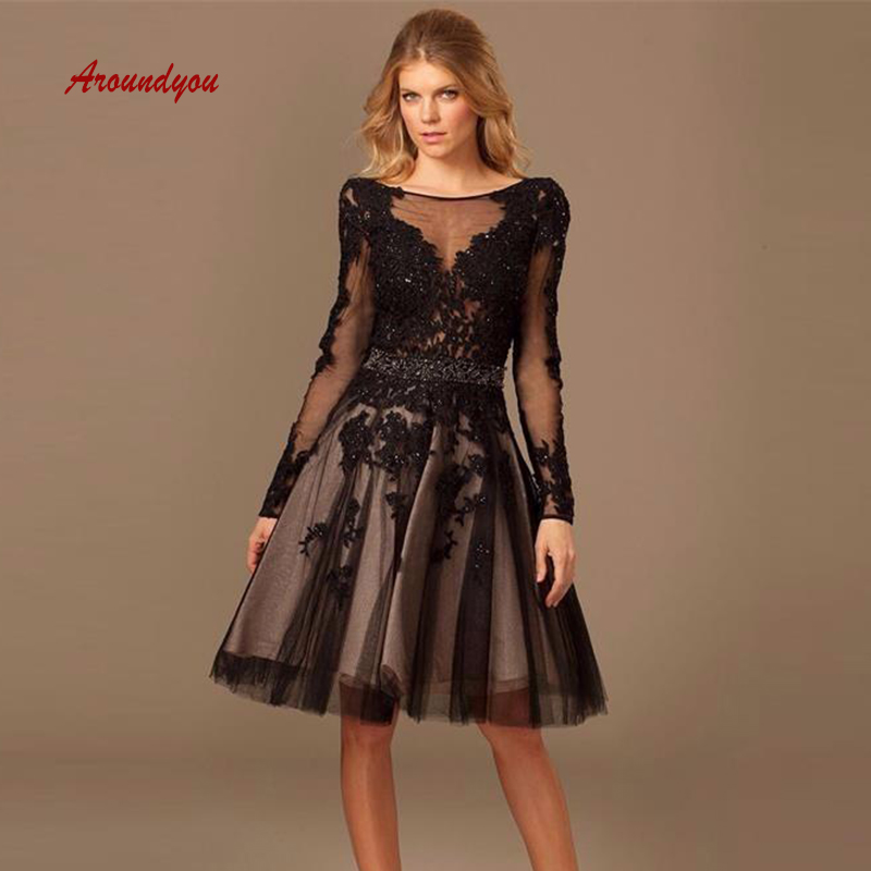 Sexy Black Short Lace Cocktail Dresses Beaded Plus Size Coktail Mini Semi Formal Graduation Prom Party Homecoming Dresses