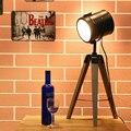 European Vintage Pastorale Wood Tripod Searchlight Desk Lamp For Home / Restaurant Decoration