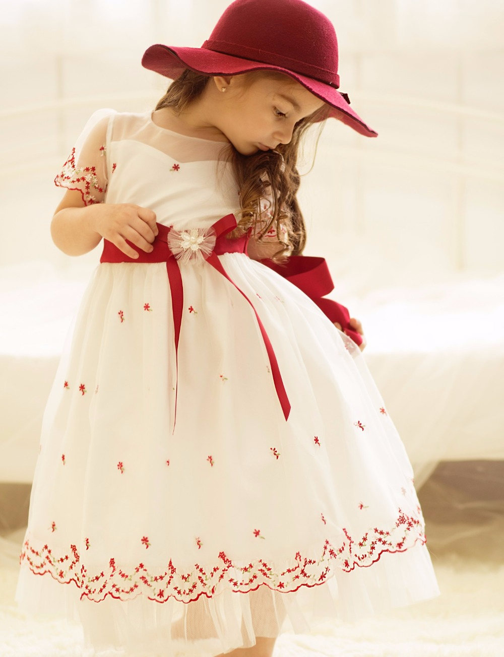 Sweet   Flower   Embroidery Pleated Tulle   Flower     Girl     Dresses   For Wedding Bow Sash First Communion Gowns   Girls   Casual   Dresses