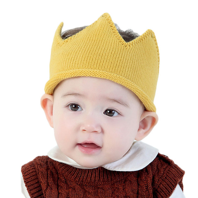 09d5f3aed 2017 New Cute knit solid color Crown Shape Knited Baby Hats Child ...