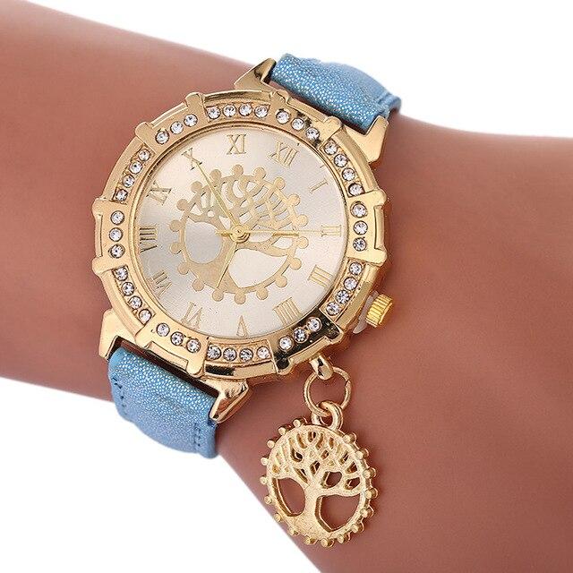 2018 New Women Bracelet Watch Tree of Life Pattern Ladies Watches Fashion Diamond Clock Roman Numeral Dial Wrist Watches Saat