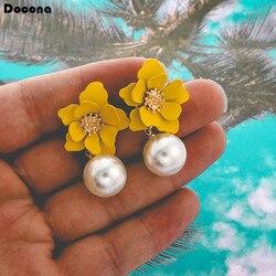 Docona Yeni Varış Zarif Oldukça Sarı Çiçekler Inci Kolye Küpe Kadınlar için Bayanlar Sıcak Satış Takı Toptan 8071