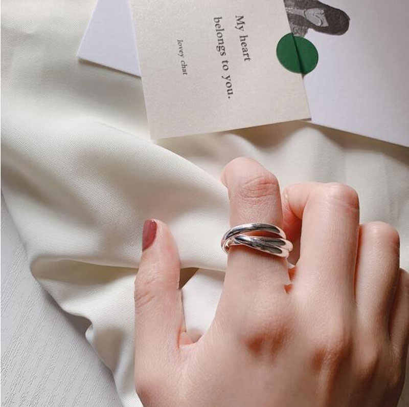 anenjery Simple Trendy Silver Color Twist Three Circle Rings For Women Engagement Weddings Rings S-R394