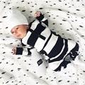 Новый 2017 мода детская одежда мальчика с длинным рукавом полоса ребенка комбинезон новорожденных хлопок девочка одежда комбинезон детская одежда