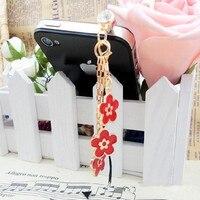 Fashion New Drip Three Flower Pendants Phone Dust Plug Dustproof Plugs Caps Cell Phone Accessories 3.5 mm Earphone Dust Plug