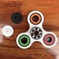 Triângulo Hot dedo Brinquedos Clássicos Mão Novidade Fidget Spinner Spinner Estrela Brinquedo de Mão ABS Tri Inquietações EDC Girar Brinquedo