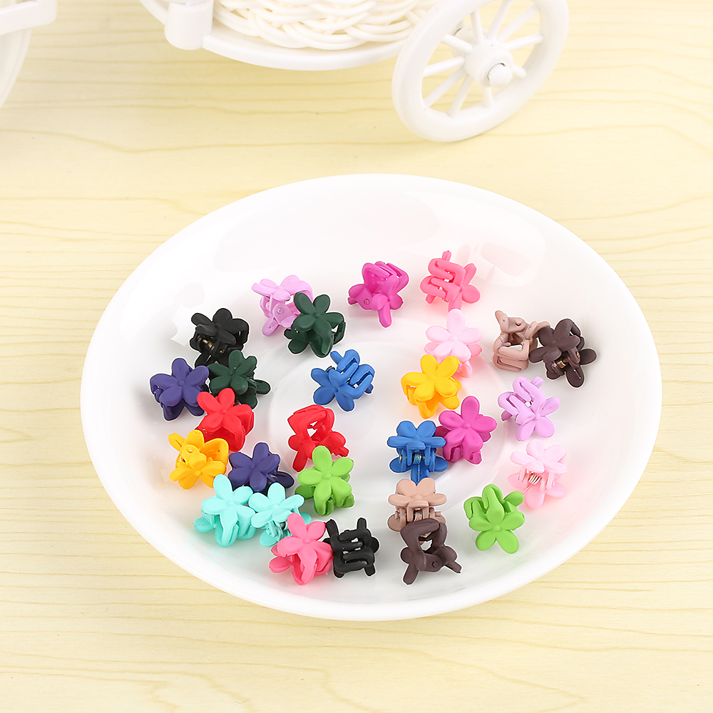 30PC Cute Children Girls Multicolor Hairpins Small Flowers Gripper 4 Claws Plastic Hair Clip Clamp Barrettes Hair Accessories 12 colors cute girls hairpins children elsa side knotted clip hairpin hair clip small size hair accessories