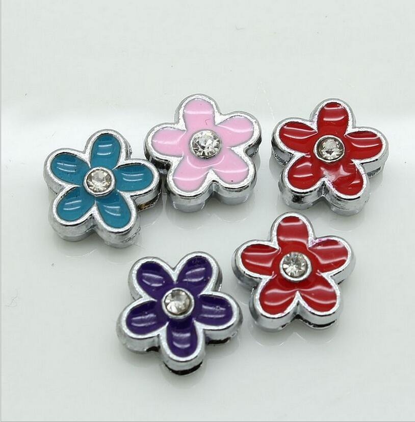 Beautiful 30PCS/Lot 8MM Flower slide charms Enamel Colorized One Rhinestone Fit 8mm wristband belt Jewelry Findings Components