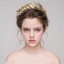 Złote liście z pałąkiem na głowę ślubne nakrycie głowy ręcznie ślubne na włosy winorośli akcesoria do włosów korony ślubne złote tiary tanie tanio Queenco Miedzi Kobiety HG367 PLANT Archiwalne Hairbands Metal Zinc Alloy