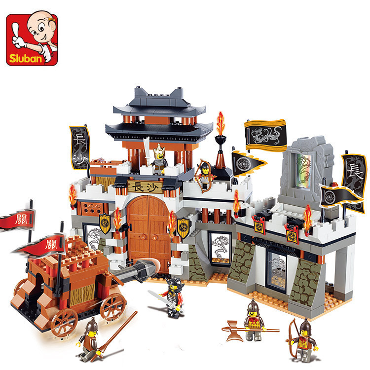 Sluban M38-B0266 The Chinese feature Three Kingdoms Large castle scene Building Blocks toy for Children Compatible with leping three s company ru bun lock children puzzle toy building blocks