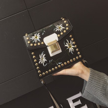 2016 New National Style Women Lady Handbags Fashion PU Leather Embroidery FLOWER Rivets Handbag Flap Shoulder Bag Messenger Bags