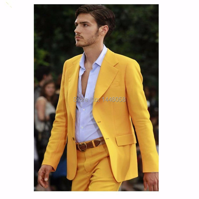 2016 Nova Marca de Roupas de Design de Moda Homens Ternos Com Calças Ternos de Casamento Para Homens Terno Do Noivo Smoking Padrinho de casamento Amarelo