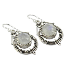 Vintage Ethnic Bohemia Drop Earrings for Women Mumbai Moonstone Tibetan Silver Earring Fashion Jewelry Party Boho Accessories