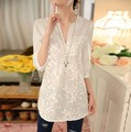 2016 Spring New Women Fashion Long Sleeve V-Neck White Blouse Shirts Casual Floral Lace Tops Blusas