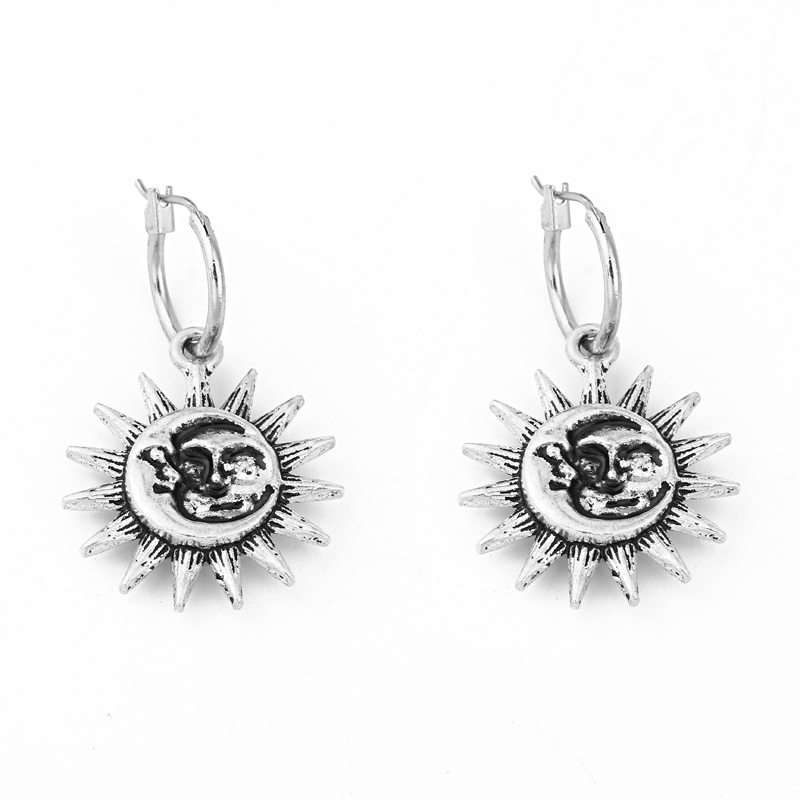 Fashion Punk Style Sun Carve Smile Small Hoop Earrings With Pendant Ancient Silver Color Big Sun Cute Earrings Jewelry E630-T2