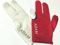 100ピース/ロットアダム新しいビリヤードプールキャロム手袋白/赤/黒三fingle生地スヌーカー手袋ビリヤード用品