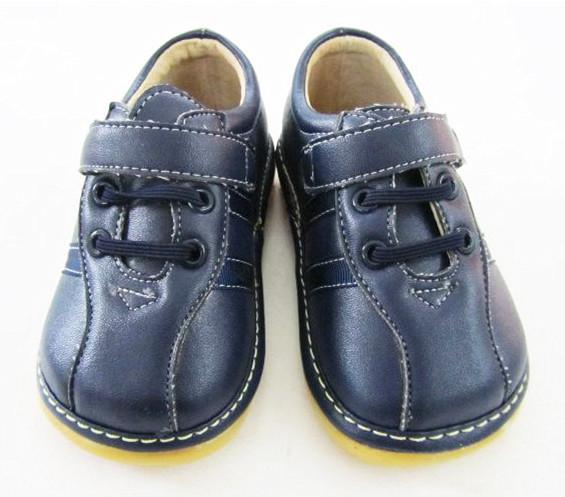 Hand-made Dark Brown Bebê Menino Sapatilha Sola Squeaky Shoes Primavera Outono Antiderrapante Sapatos de Criança Frete Grátis