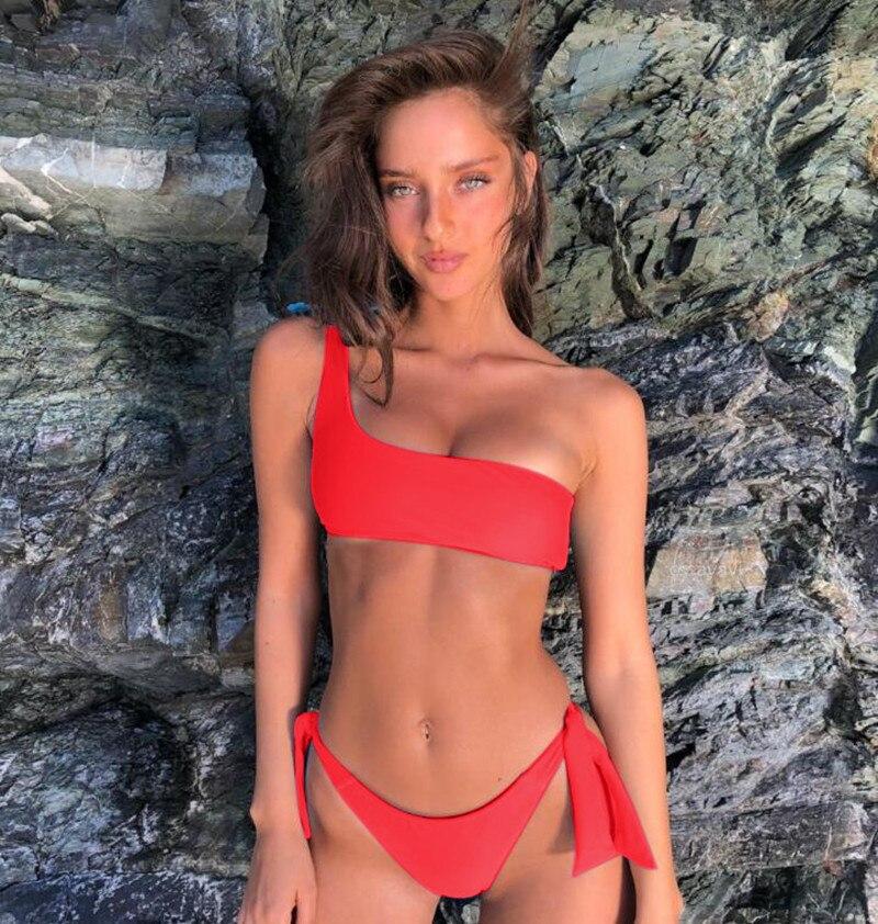 Bikni 2018 Sexy One Shoulder Strap Swimsuit Solid Swimwear Women Push Up Low Waist Swimwewar Female Bathing Suit Beach Biquini