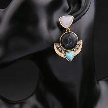 Gorgeous Stone Fan Pierced Earring Jewelry For Women