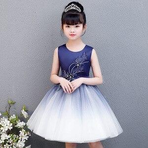 Śliczne dzieci uroczystości odzież dla dzieci Party wieczór księżniczka Sundress granatowy kwiat sukienki dla małych dziewczynek Up imprezy ślubne