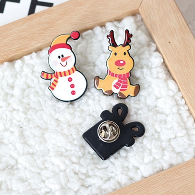 0044a6527c0fc 2018 Christmas Gift Acrylic Badges Pin Brooches Santa Claus Snowman Elk Pin  For Kids T Shirt Sweater Coat Scarf Hat Decor
