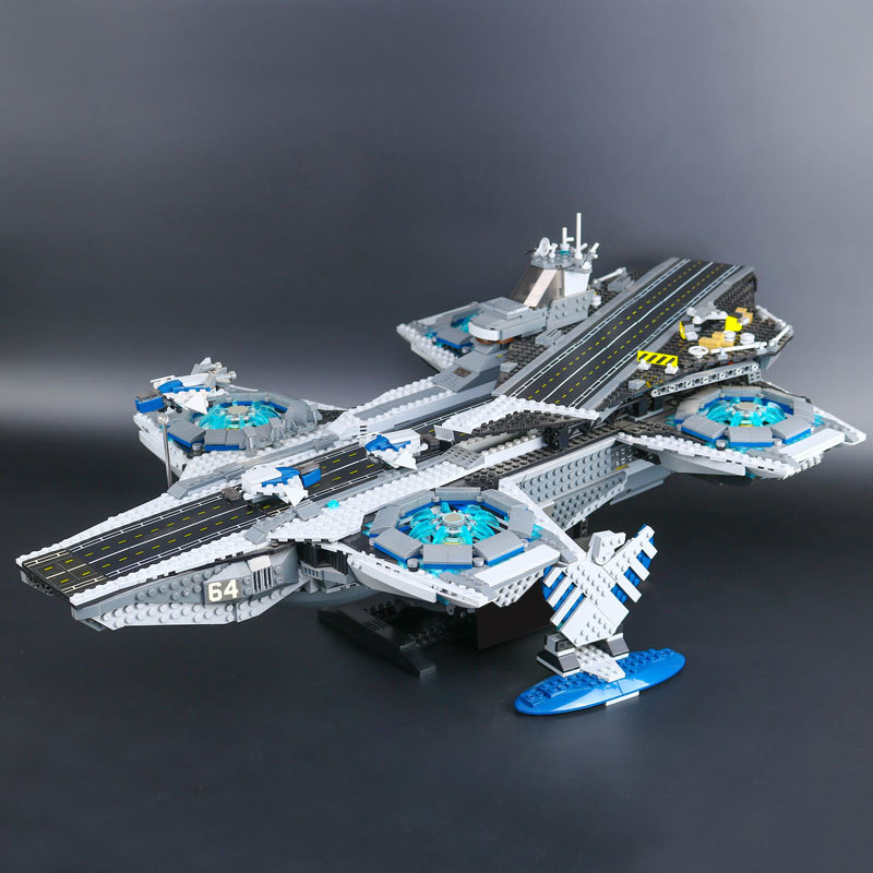 07043 Super Heroes The Shield Helicarrier Model Building Kits  Blocks Bricks Toys Compatible  76042 2017 new sembo sy911 4288pcs super heroes the shield hellicarrier children educational model building kits brick toys gift 76042