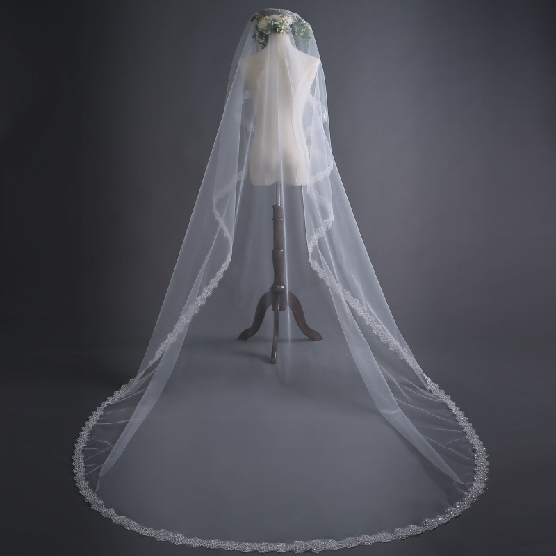 Attractive One Layers Lace Appliqued Edge Soft Tulle 3 Meters Long Wedding Veil Bridal Chapel Veil