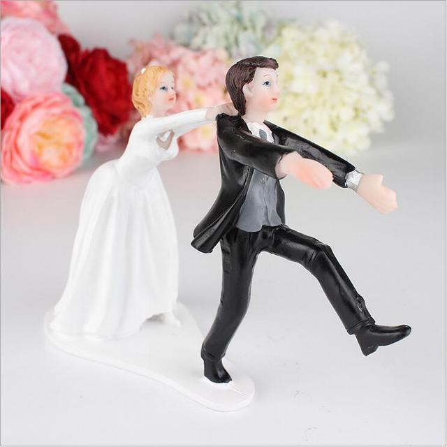 escape groom cute bride and groom toppers couple figurine wedding