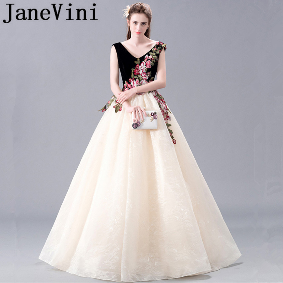 JaneVini 2018 Elegant Lace Prom Dresses V-Neck Beaded Lace Appliques Backless Long Bridesmaid Dresses Women Formal Party Gowns