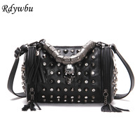 Rdywbu Genuine Leather Tassels Skull Handbag Women Luxury Rock Rivet Punk Shoulder Bag Black Sheepskin Messenger Travel Bag B547