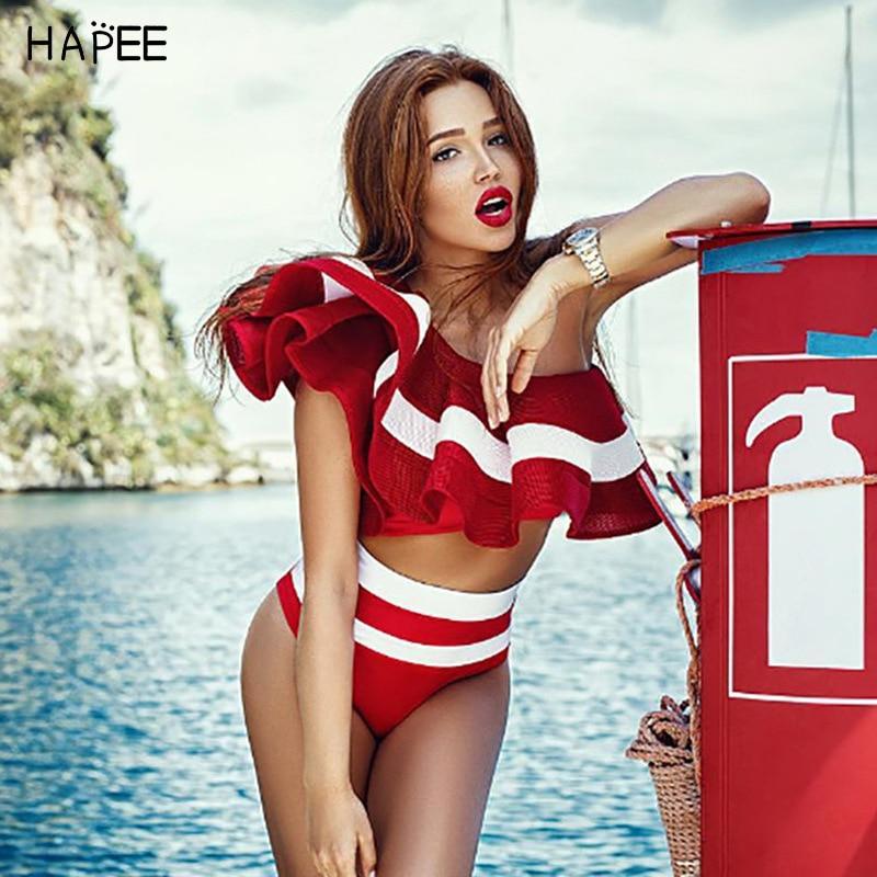 2018 Nuova Estate Nero Bianco Ruffles Costume Da Bagno Delle Donne A Strisce A Due Pezzi Bikini Set One Off Spalla Swimwear Sexy Beach Biqiuni