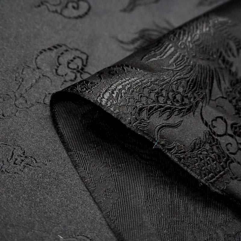 75 centimetri x 100 centimetri di trasporto Metallico Jacquard Brocade Fabric, nero modello del drago 3D jacquard tinto in filo tessuto per le Donne Cappotto del Pannello Esterno Del Vestito