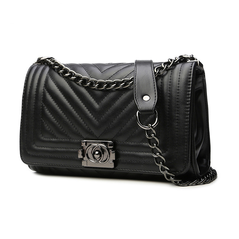 2018 summer Europe and the United States new womens bags fashion V-shaped embossed chain bag Ms. casual shoulder Messenger bag2018 summer Europe and the United States new womens bags fashion V-shaped embossed chain bag Ms. casual shoulder Messenger bag