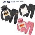Varejo 2017 New Girl Crianças Outfits Treino Batman Roupas Crianças Hoodies + Crianças Calças Esporte Suit Meninos Roupas Conjunto Menino