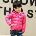 Ультра легкий и тонкий 2016 новая мода дети вниз пальто дети вниз и парки конфеты цвет 90% утка вниз девочек куртка