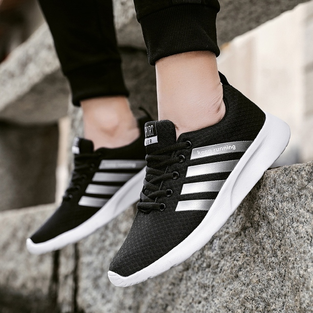 2019 Running Shoes For Men Light Weight Sneakers Men Lace Up Black White Unisex Big Size Athletics Sports Shoes