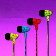 2016 New Colorful Fashion in-ear Stereo Bass Earphone 3.5mm Jack for Mobile Phone Xiaomi Samsung Lenovo iPhone Mp3 Mp4