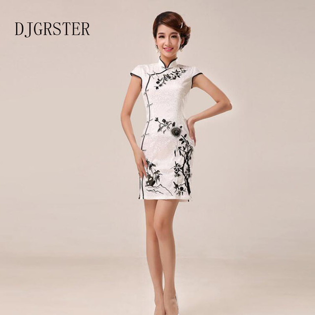 bc66de370af2 DJGRSTER Bianco Cheongsam Fiori Del Ricamo Tradizionale Cinese Qipao Delle  Donne Eleganti Formale Partito Abiti Orientali ...