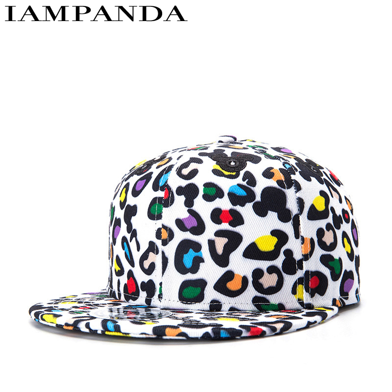 IAMPANDA 2017 Autumn And Winter Flower Hats for women Printing Hip-hop Cap Flat Brim snapback Baseball caps Hat Cartoon 2017 new fashion women men knitting beanie hip hop autumn winter warm caps unisex 9 colors hats for women feminino skullies