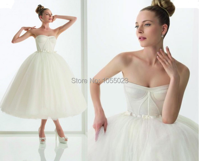 Custom Made Tulle Beautiful Ball Gown Vintage White Short Wedding Dress Mid Calf Length Strapless Off