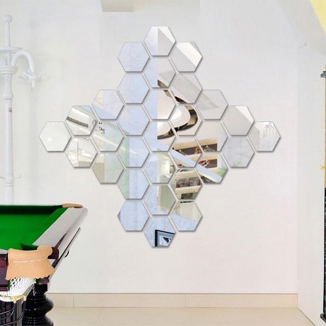 Three dimensional hexagonal piece wall decoration
