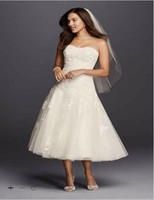Custom Made 2016 New Free Shipping Tea Length Wedding Gown With Lace Style CWG743 Wedding Dresses