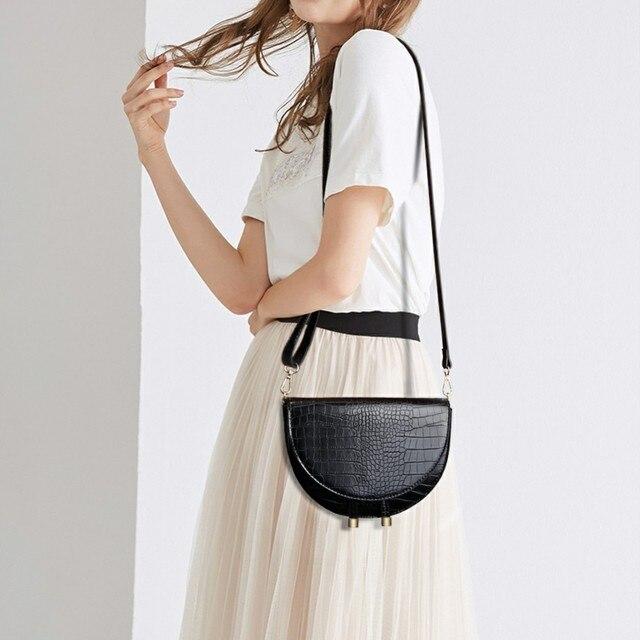Crocodile Pattern Crossbody Bags for Women Half Round Messenger Bag Pu Leather Luxury Handbags Women Bags Designer Shoulder Bag 1