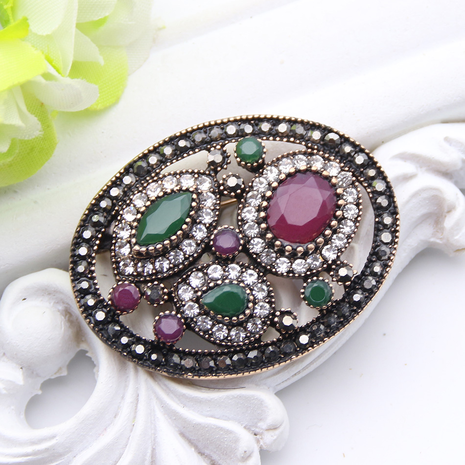 Detail Feedback Questions about Vintage Turkish Round Resin Flower Brooch  Pin For Women Antique Gold Color Corsage Royal Rhinestone Jewelry Ladies  Hijab ... 0b23af3f8b0f