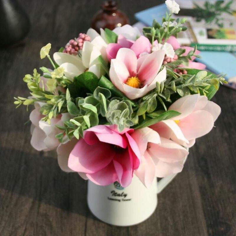 цветы в руке фото